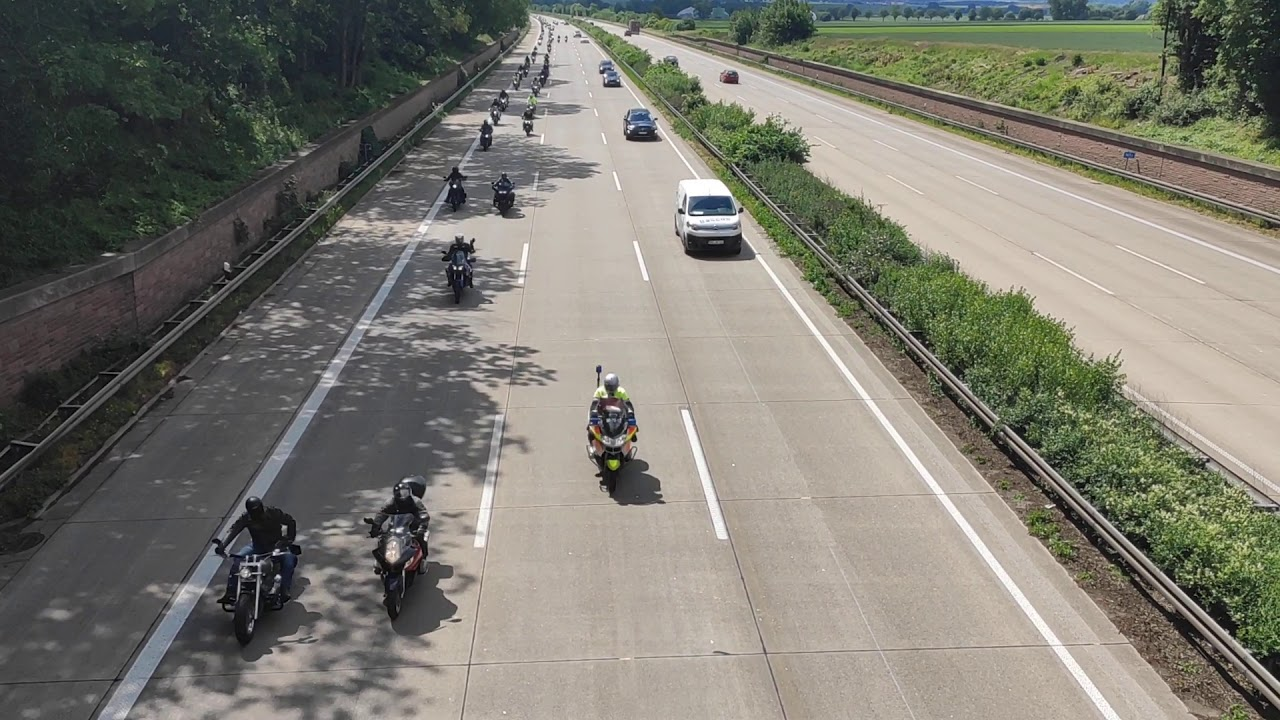 Motorraddemo am 6.6.2020 gegen das Sonn-und Feiertagsfahrverbot für Motorräder zwischen HI und H
